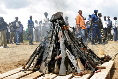 Weapons being burnt during the official launch of DDR in Muramvya, thursday 2 december 2004. ONUB. Photo courtesy of UN | Martine Perret